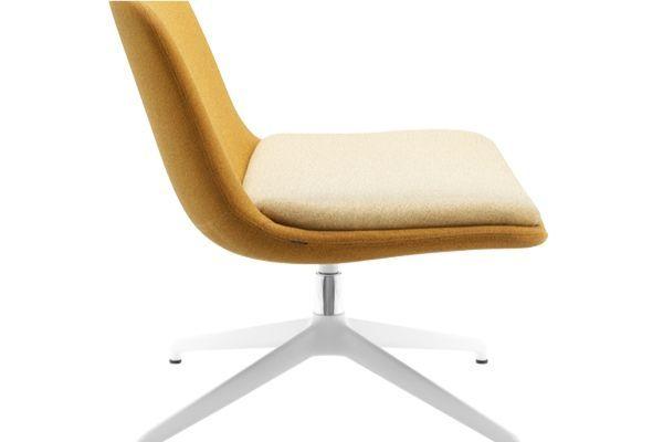 Silla-confidente-glove-lounge originalidad en tus zonas de descanso