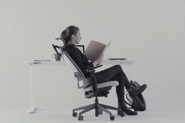 las sillas ergonomicas se adaptan a rus movimientos